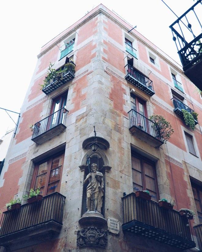 Barcelona Eevagamunda yksityiskohdat