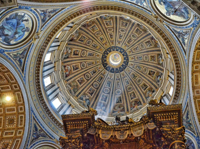 vatikaani kupoli