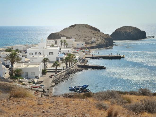 cabo de gata andalusia isleta del moro kylä ranta