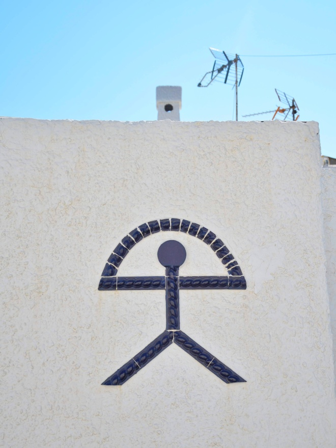 andalusialainen valkoinen kylä isleta del moro talo