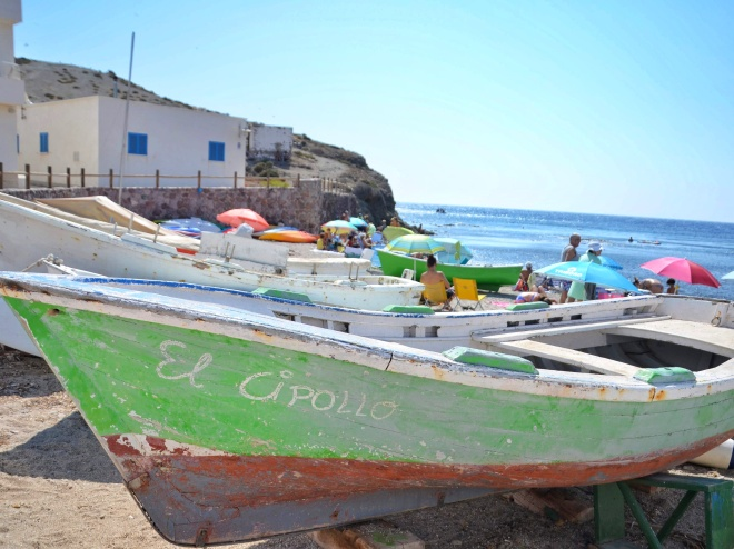 cabo de gata andalusia kylä veneitä