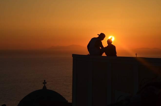 santorini romanttinen auringonlasku