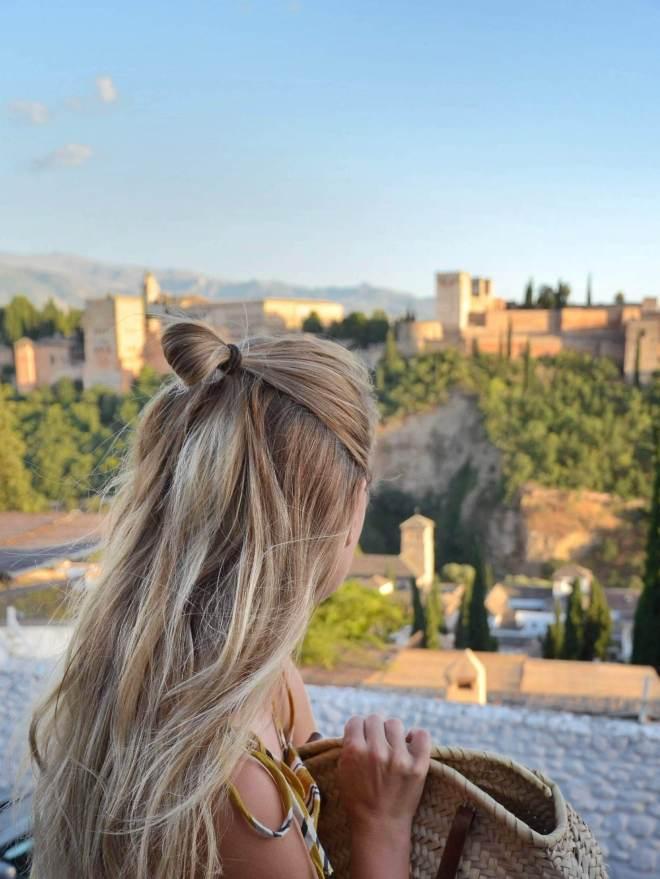 Granada arabikapunginosa maisema