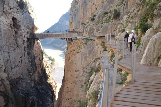 caminito del rey eli kuninkaanpolku kulkee kanjonin laitaa
