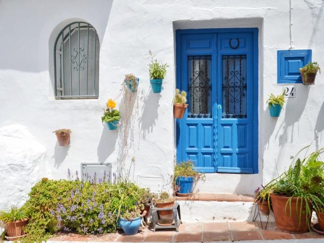 frigiliana siniset ovet